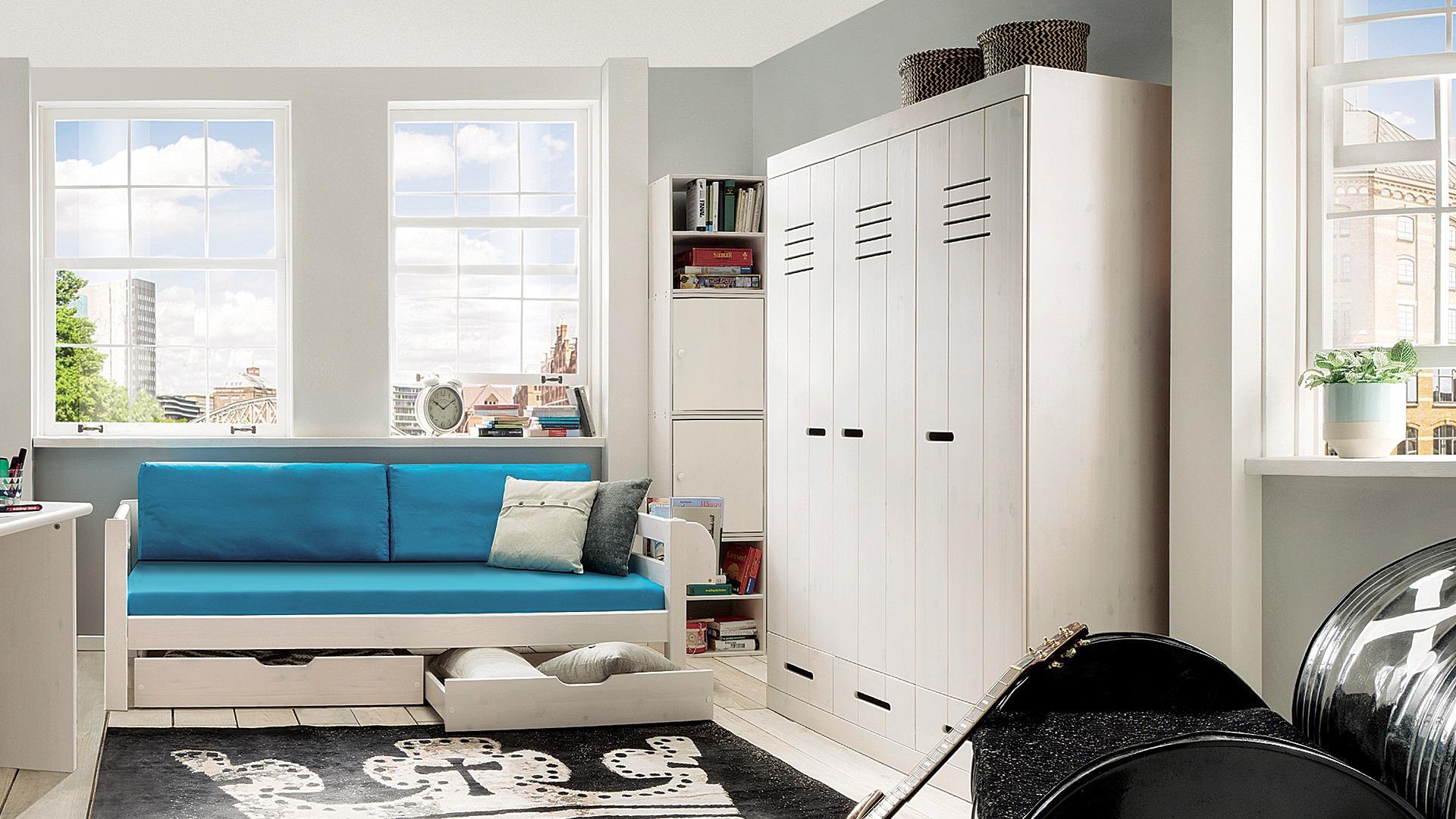 kleiderschrank junior massiv kiefer. Black Bedroom Furniture Sets. Home Design Ideas