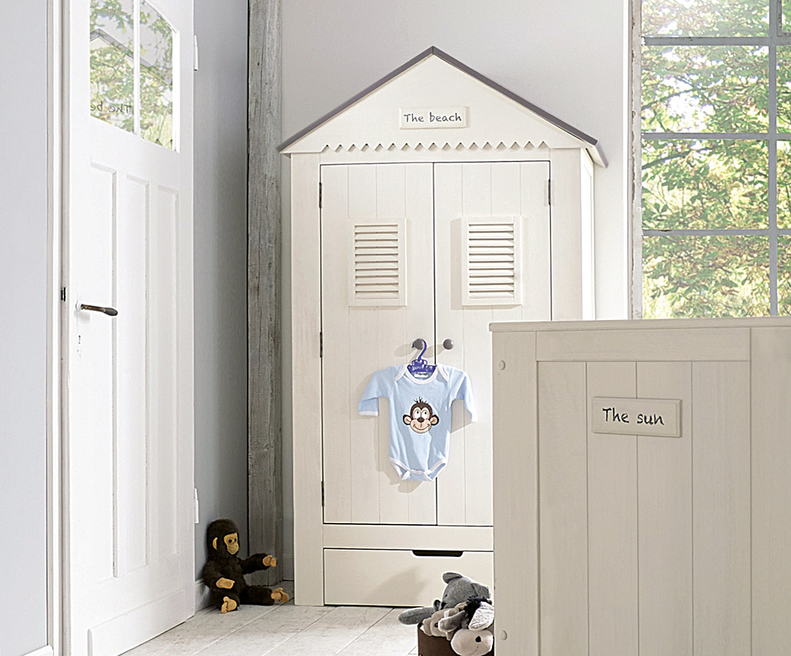 kleiderschrank sunny. Black Bedroom Furniture Sets. Home Design Ideas