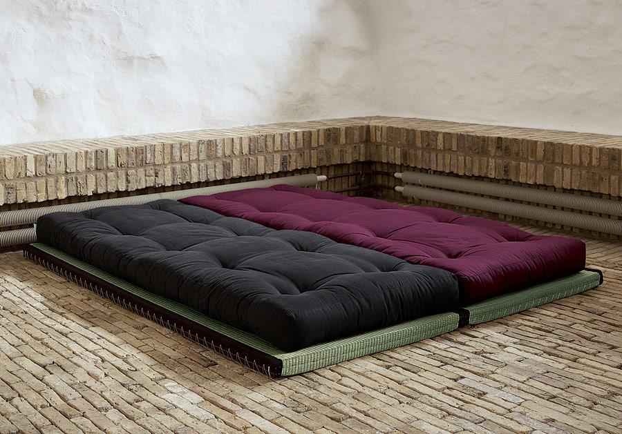 matratze auf dem boden unterlage ostseesuche com. Black Bedroom Furniture Sets. Home Design Ideas