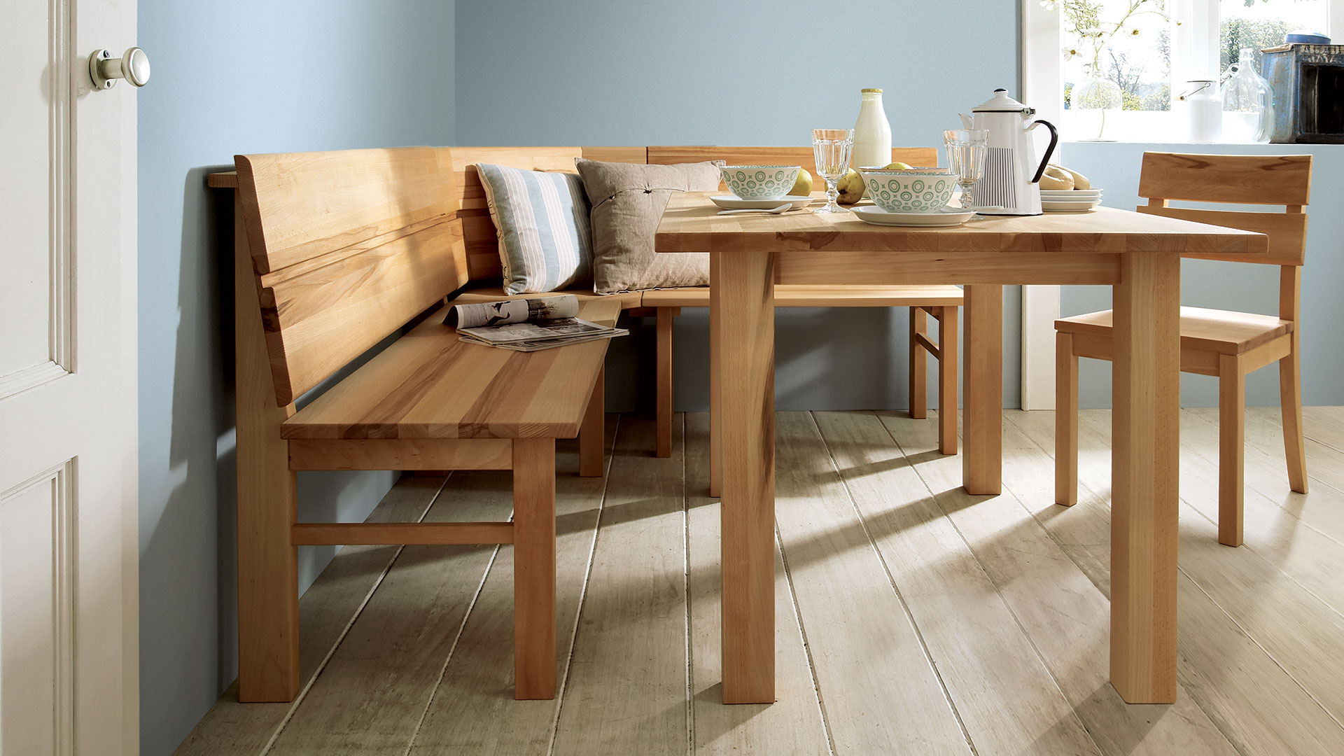 In Modernem Design Aus Massivholz