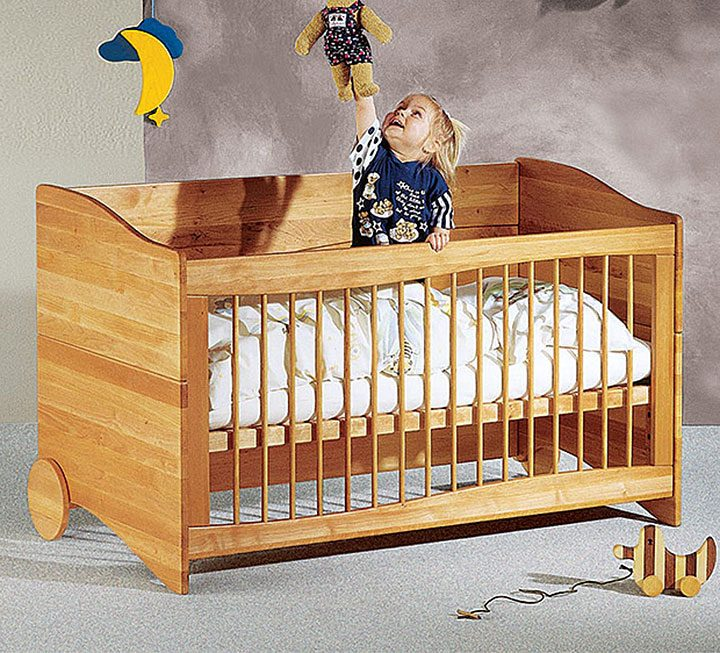 babyzimmer aus massivholz kologisch und schadstoffgepr ft. Black Bedroom Furniture Sets. Home Design Ideas